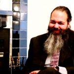 "Zachary King: entrevista completa del programa ""Cambio de Agujas"""