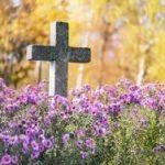Celebrar a los difuntos: del folclore a la fe