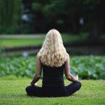 Exorcista español advierte sobre los riesgos del yoga y del mindfulness